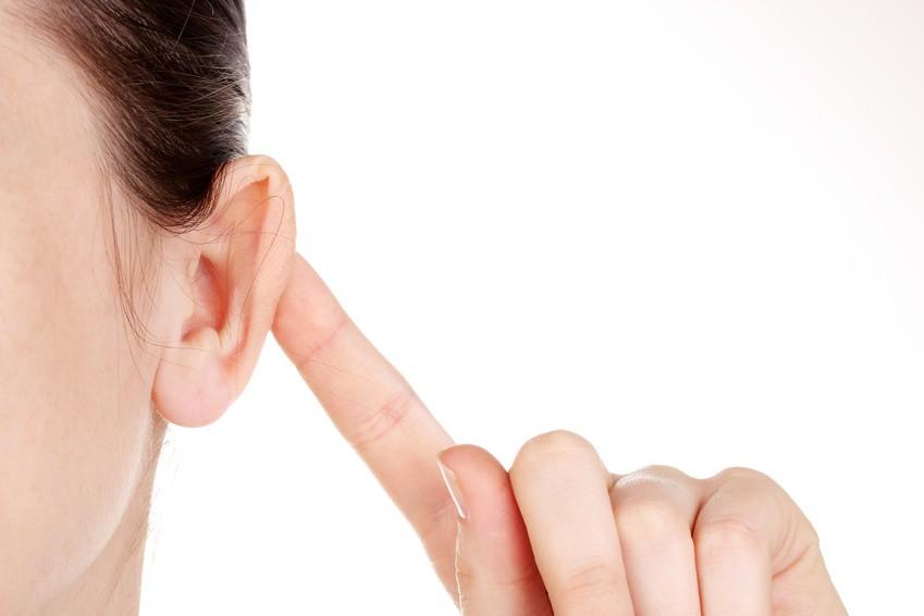 être à l'écoute